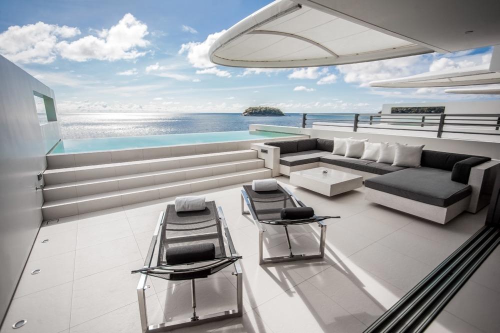 IMG_0938_skyvillatwobed_day_outdoor_terrace_oceanview