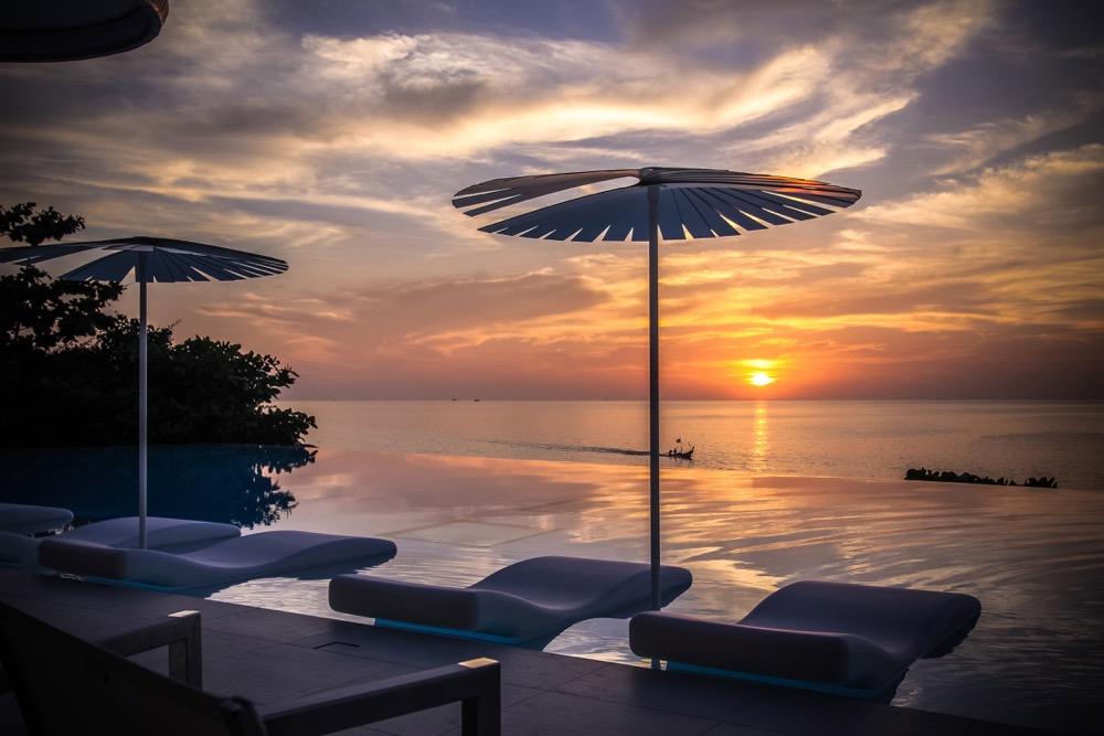 IMG_6225_pool_restaurant_sunset_oceanview
