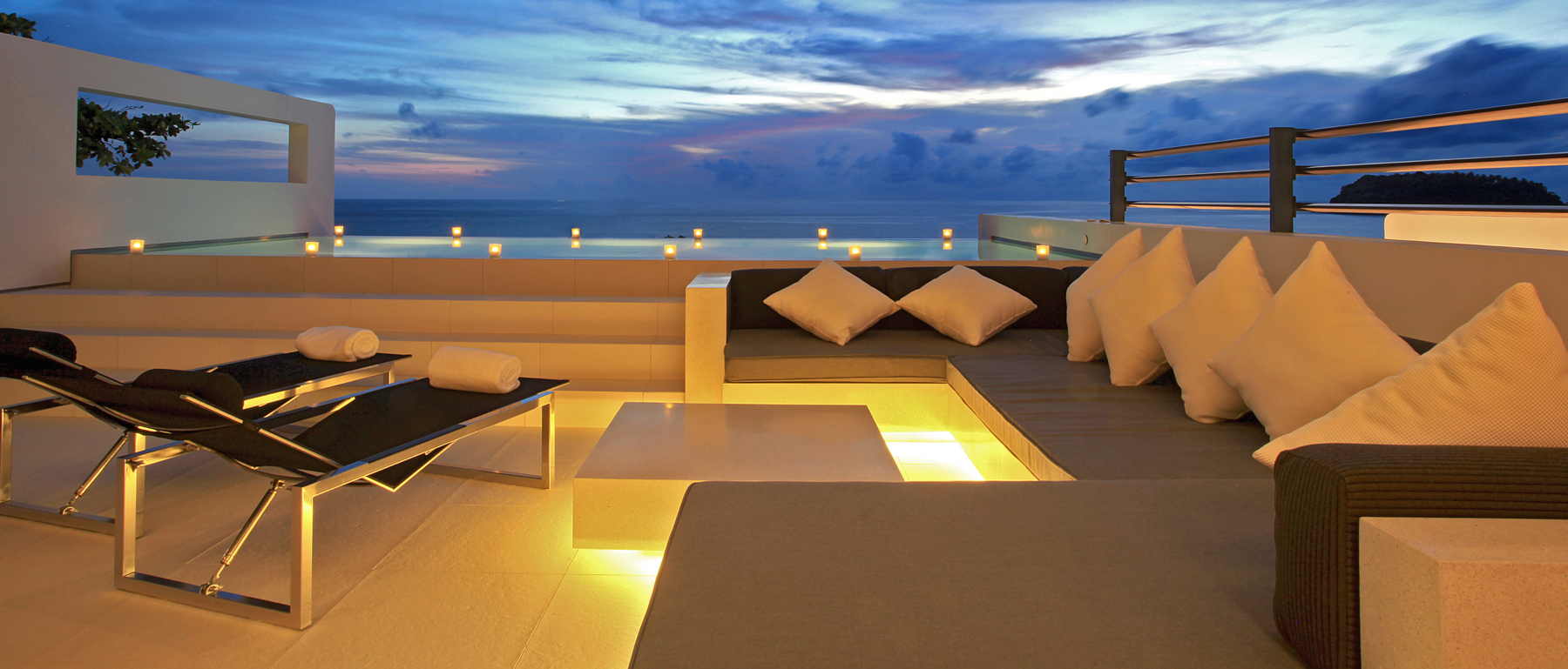 IMG_9604_skyvillaonebed_sunset_terrace_oceanview (2)