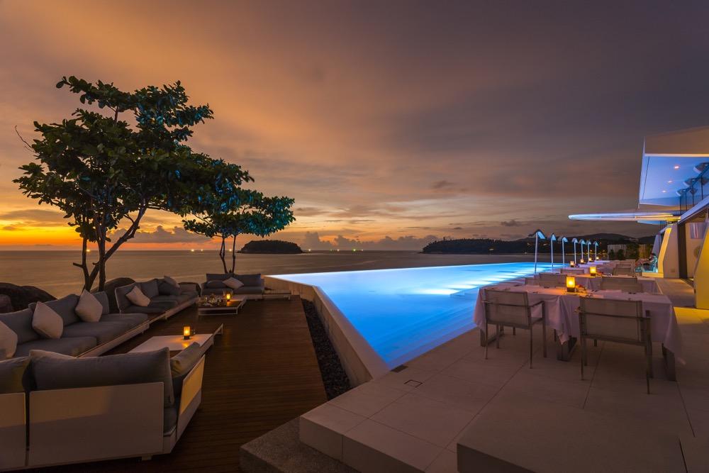 KR_8159_pool_restaurant_sunset_oceanview