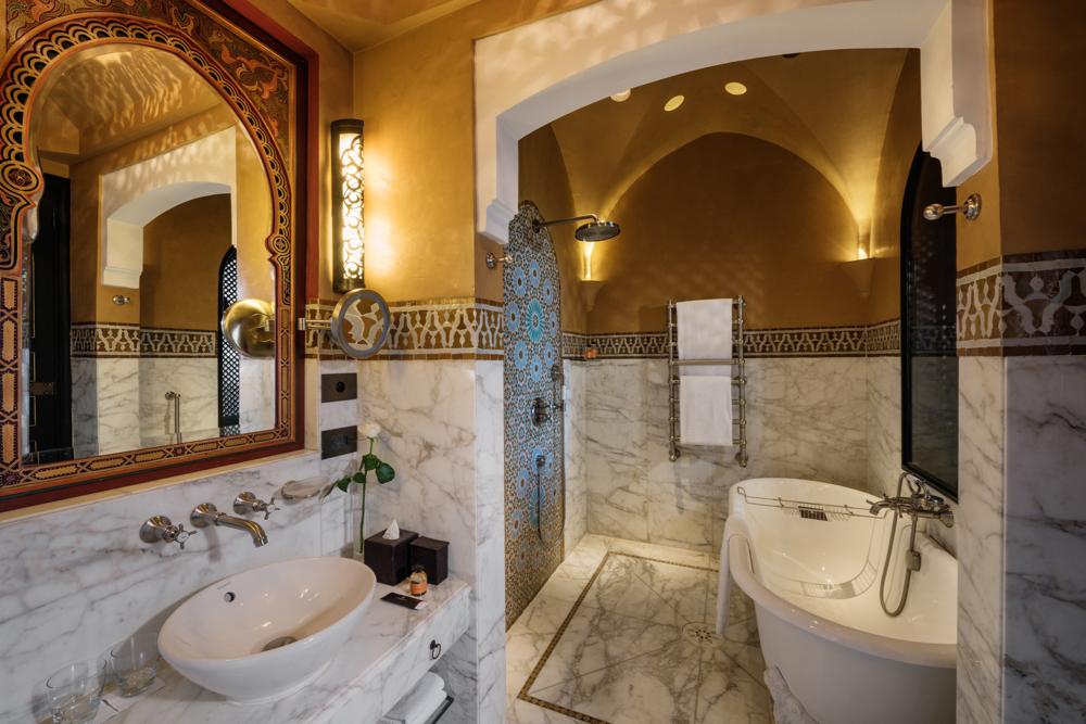 Bathroom, Park Deluxe Room. La Mamounia Hotel, Marrakech, Morocco. Photo by Alan Keohane www.still-images.net for La Mamounia