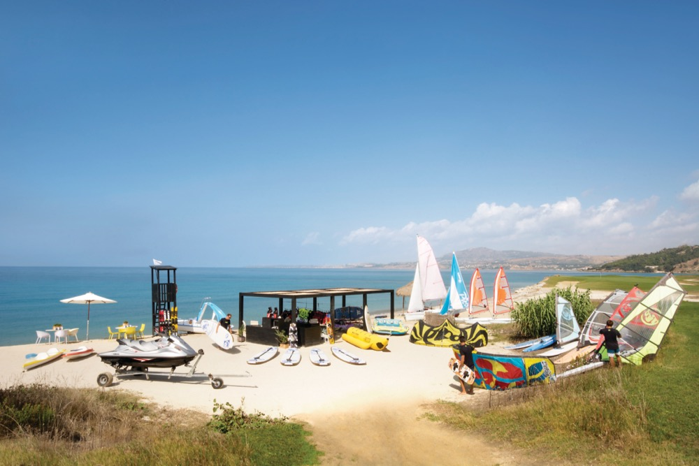 verdura-resort-water-sport-set-up-978781