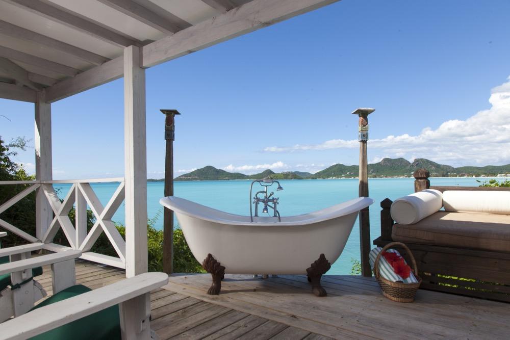 Cocobay Premium Tub and View